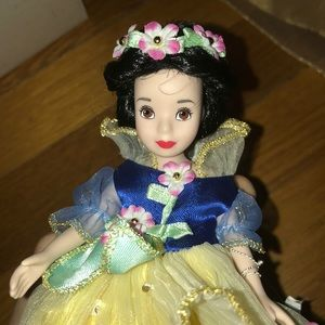 Small Porcelain Snow White Figure w/ Stand